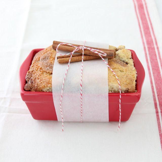 Cinnamon bread gift
