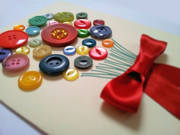 Do it yourself button bouquet mothers day card oh my im inspired just around the corner its on march 30th for those who dont know i wanted to share with you a simple diy for a cute handmade mothers day card solutioingenieria Gallery